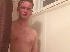 Parafuso prisioneiro no chuveiro