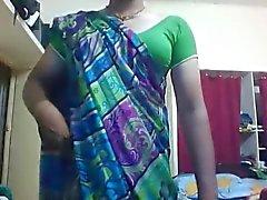 Горячие Индии Транссексуалы подвергать себе на линии всасывания перед КУЛАКА
