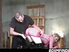 Pagaya fouettée et des un orgasme