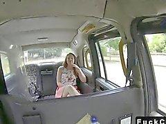 British schätzchen zweiten Mal innerhalb gefälschte Taxi