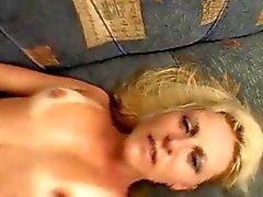 Caldo Abbronzatura Blonde Milf fucks Mostri cazzo nero