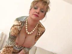 WORLD NYLONS Lady cheat in dress braless