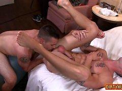 Muscolo vibrazione gay flop con facciale