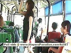 Mihiro modello cinese gode di di un fottuto sull'autobus