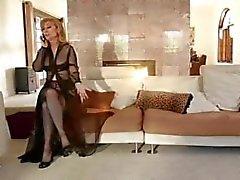 Lesbian Strapon & (Nina Hartley )