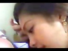 De justine Filipinas Amateur Teen Profundo En La Garganta Y Beso negro Beauty