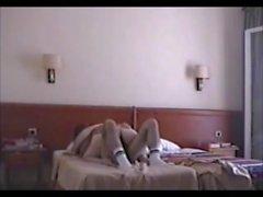 mia moglie Victory scopa in hotel