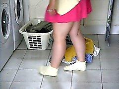 Un clignotement rapide de pantalons de l'épouse