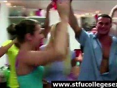 Nackte Amateur-Babes in College-Party, Wohnheim Zimmer Orgie