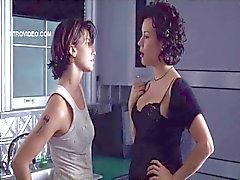 Gina Gershon en Jennifer Tilly - Bound