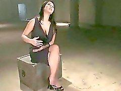 Dirty orja tyttö squirts