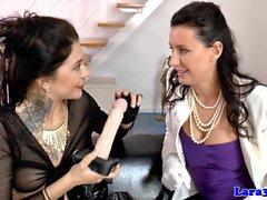 lingerie sistema inglese leccate Sesso con suocera davanti fallici