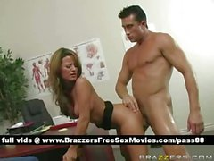 Mature blone babe on the desk gets her pussy licked
