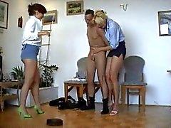 Office Gitmo Porno - Blonde Müdürleri ballbust Arab Janitor