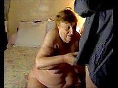 (Oma) ev yapımı 75 Yaşındaki Büyükanne (21 dakika)