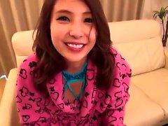 Momo Akiyama Virgin japanska Teen knullade av Small Dick