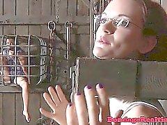 BDSM ala Pähkinänruskeat Hypnotic niskan sidottu