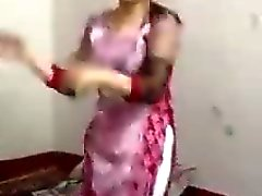 Muslim girl dancing non nude