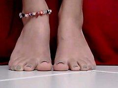 Mia 15min legs that are warm footfetish