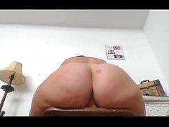 Amateur Italian BBW Fucks Her Toys