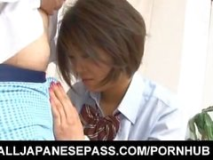 Miku Misato obtém língua e sugou joystick em seu raptor raspado