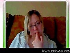 Becky di UK nude per voi guardi in webcam d