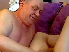 Opa verleidt Boy