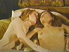 Lesbiche ben di Peepshow Loops 639 a 60 e 70 - Scena 3