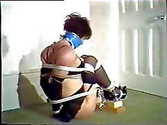 Free ametuer hairy pussy video