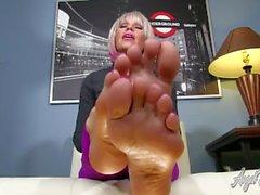 Milf feet tease Angel Kissed Feet Milf Nikki Ashton Foot Tease With Jerkoff Instruction Porno Film N19533897